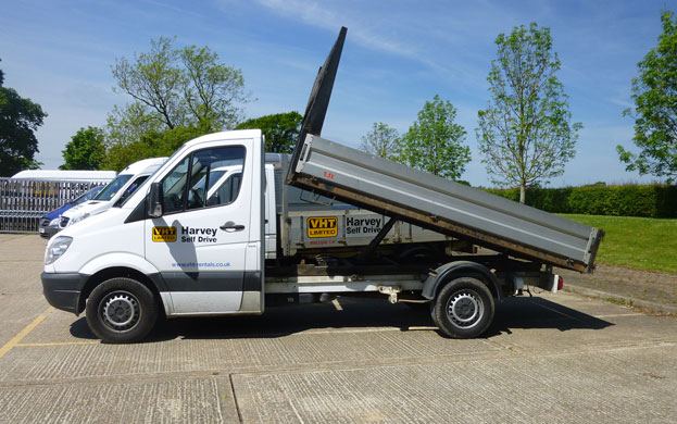 Mercedes Benz Tipper 3.5T